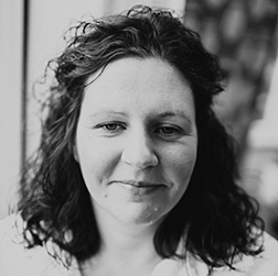 Louise Thom